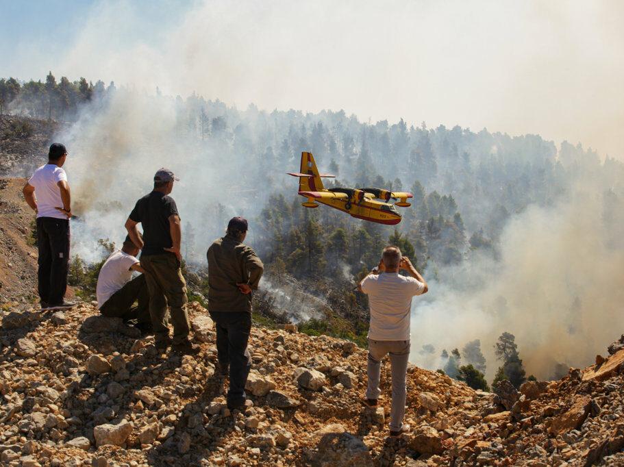 wildfire in greece milos bicanski edited